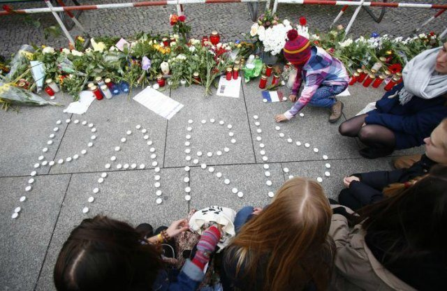 Vigils+have+been+held+all+over+the+world+for+the+events+that+took+place+in+Paris%2C+Beirut+and+Baghdad.+Courtesy+of+AP