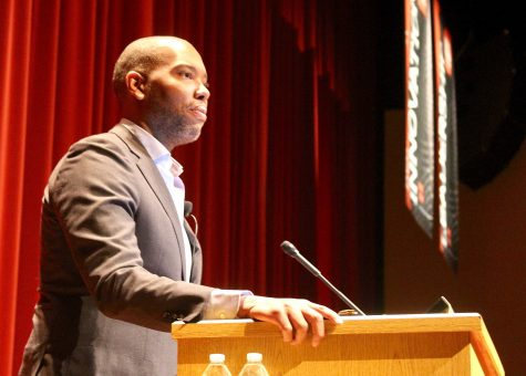 Leslie Odom Jr. Talks New Memoir with The Fordham Ram