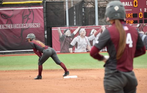 Softball Sweeps Dayton, Earns First in A-10