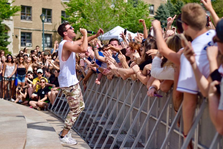Timeflies+headlined+a+successful+and+entertaining+Spring+Weekend%2C+despite+backlash+from+the+student+body+%28Andrea+Garcia%2FThe+Fordham+Ram%29.