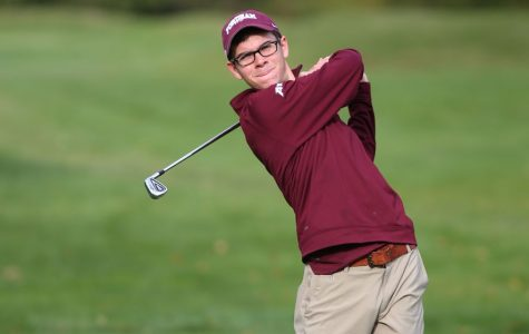 Men's Golf Heads to Clubhouse for Fall Season