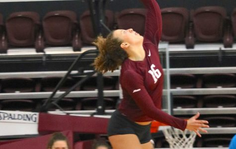 Volleyball Sweeps La Salle, Gets Swept vs Duquesne
