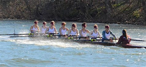 Rowing at the Murphy Cup Regatta. (Courtesy of Rowing2k)