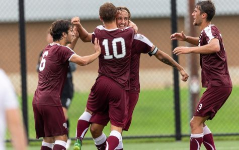 Men's Soccer Ties Marist After Another Late Rally