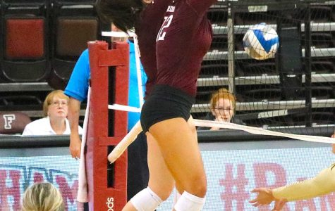 Volleyball Bounces Back at Rebel Challenge