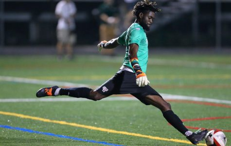Men's Soccer on Wrong Side of Thrilling Finish