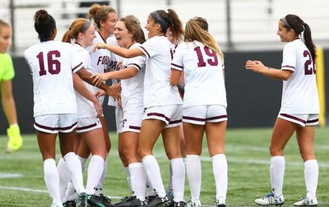 Women's Soccer Drops Last Two Games of Regular Season