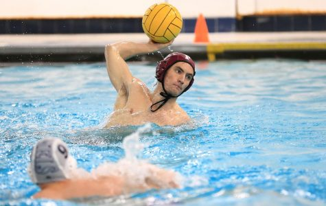 Water Polo Splits Two Matches on Saturday