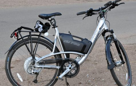 More electronic bicycles in major metropolitan areas will both reduce traffic congestion and help the environment. (Courtesy of Flickr)