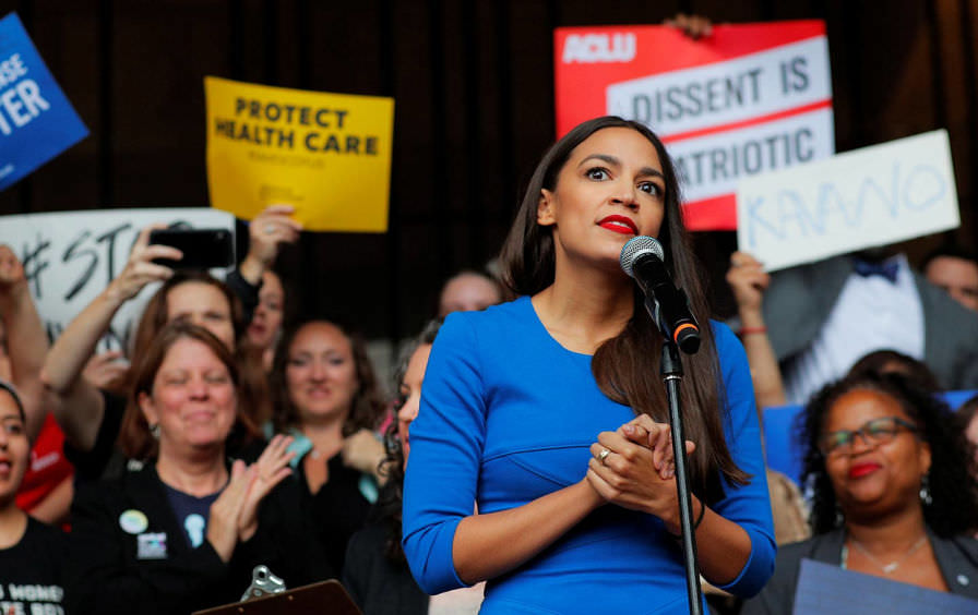 Though+Rep.+Ocasio-Cortez%E2%80%99s+Green+New+Deal+requires+immense+commitment%2C+it%E2%80%99s+goal+is+to+support+future+generations.+%28Courtesy+of+Flickr%29