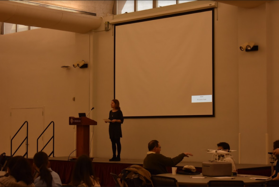 Professors+from+various+departments+presented+about+their+research+at+the+research+receptions.+Students+also+had+the+opportunity+to+network+with+these+professors.+%28Sarah+Huffman%2FThe+Fordham+Ram%29