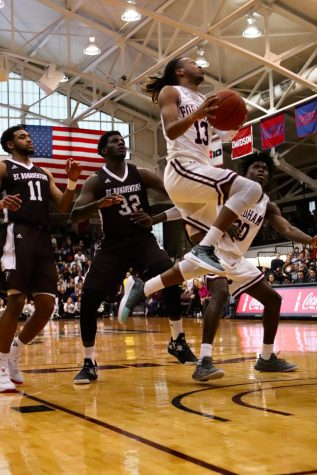 Men's Basketball gets First Conference Win of Season, Lose to Davidson