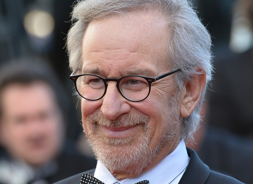 Many+modern+film+critics+find+Spielberg%E2%80%99s+proposal+to+ban+streaming+service+films+from+the+Oscars+hypocritical+and+unfair.+%28Courtesy+of+Flickr%29+