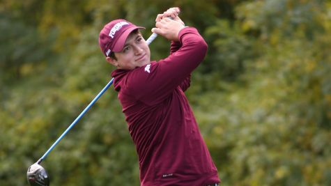 Golf Battles Elements at Hartford Invitational, Finishes T-17