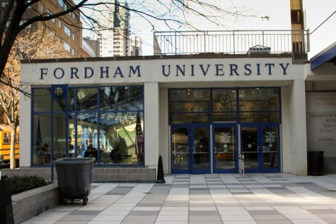 Eating Healthy Contradicts with Convenience: How Fordham Students Maintain Diet