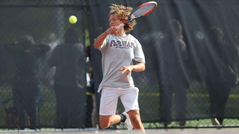Men's Tennis Wins Four Matches on Week