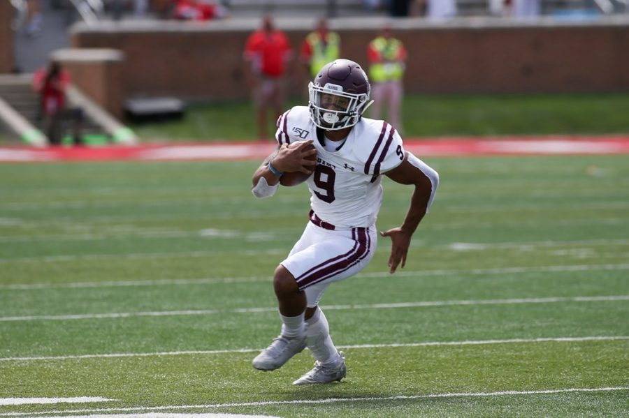Zach+Davis+%28above%29+ran+for+85+yards+and+a+touchdown+on+Saturday%2C+but+it+wasn%27t+enough+for+the+Rams+to+top+Ball+State.+%28Courtesy+of+Fordham+Athletics%29