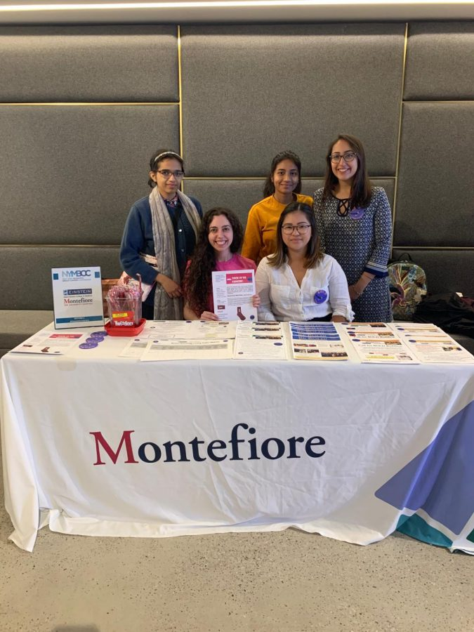 Bronx+Oncology+Living+Daily+tabling+with+students+from+Hunter+College+at+The+Susan+G.+Komen+Metastatic+Breast+Cancer+Conference.