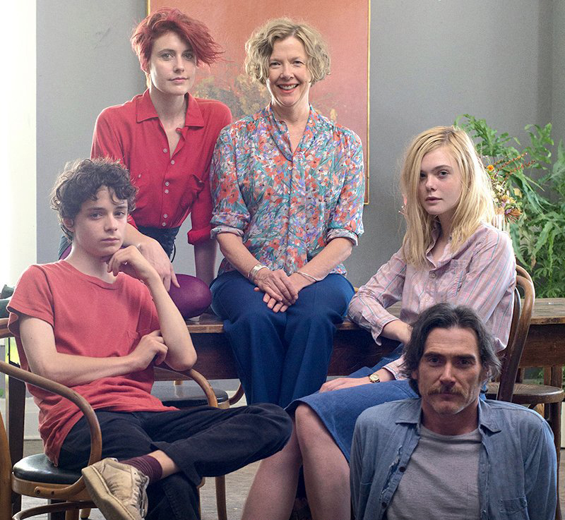 """20th Century Women"" Depicts the Complexities of Womanhood"