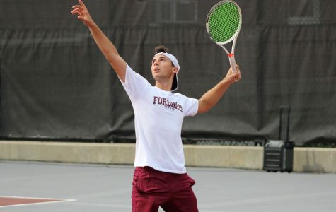 Men's Tennis  Dominates UConn