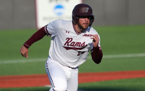 Baseball Outscores Iona 33-3 in Weekend Sweep